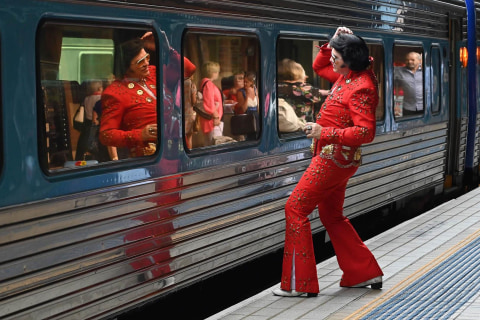 Elvis has left the station: Fans embark on pilgrimage to Australian Outback