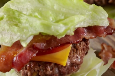 Is 'keto' safe? Celebrity trainer slams diet as a 'bad plan'