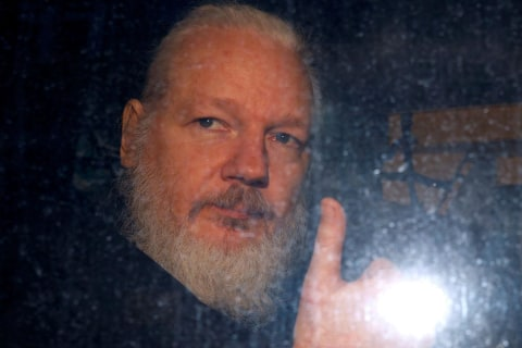 WATCH: Bearded Julian Assange is arrested and removed from Ecuadorian Embassy