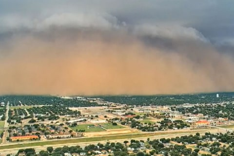 WATCH: Intense dust storm sweeps across northern Texas