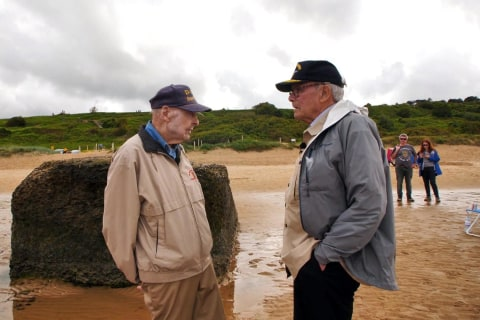 Tom Brokaw shares stories of D-Day heroes