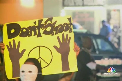 Law Gives Wide Latitude to Grand Jury in Ferguson Case