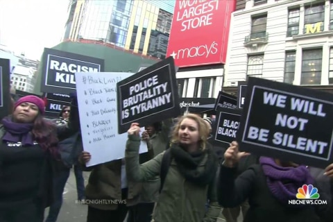 Michael Brown Protesters Urge Shoppers to Boycott Black Friday