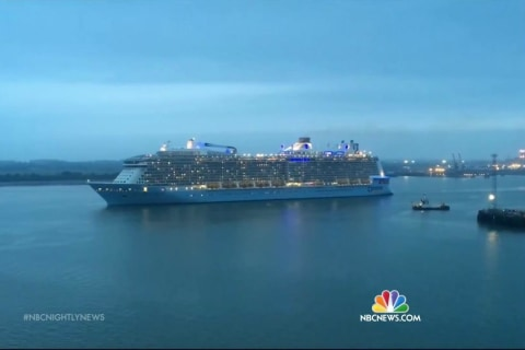 Cruise Ship Returning to U.S. Port After Hitting 30-Foot Waves