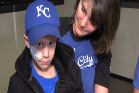 Cancer-Stricken Royals Fan, 6, Heads to World Series