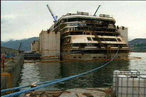 Crews Work to Dismantle the Costa Concordia