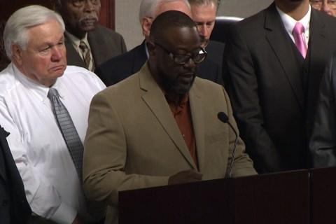 City Approves $6.5 Million Settlement With Walter Scott Family