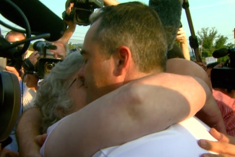 Kentucky Gay Couple Shares Emotional Hug After Receiving Marriage License