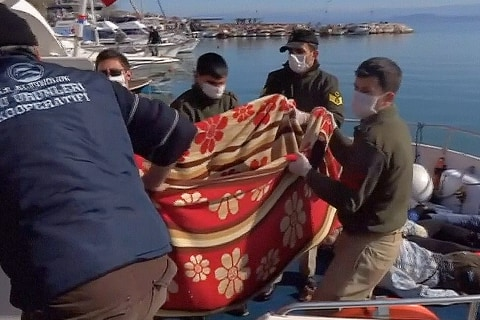 Turkish Coast Guard Recovers Bodies of Drowned Migrants