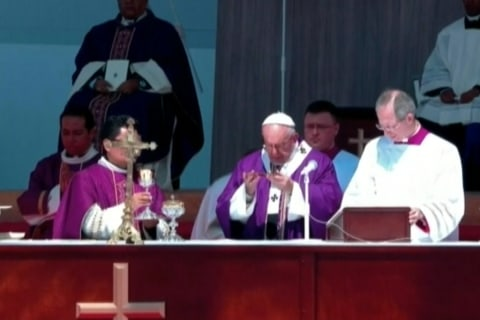 Pope Francis Directs Mass in one of Mexico's Most Violent Cities