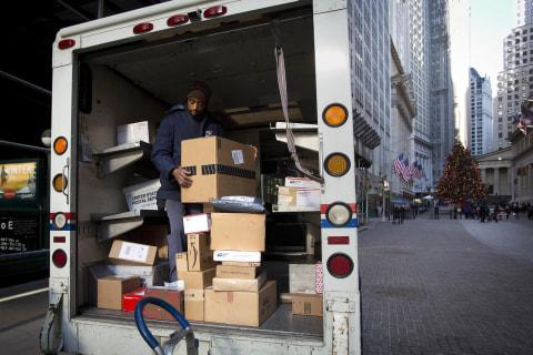 U.S. Postal Service Posts $5.1 Billion Loss, Down Slightly From 2014
