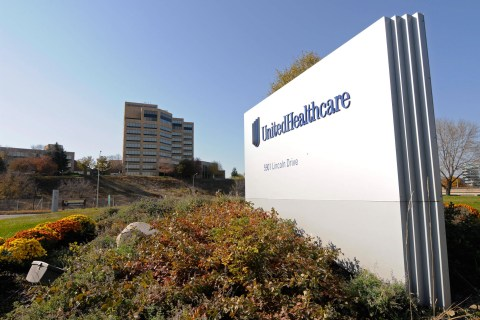 Biggest U.S. Health Insurer Says It May Abandon Public Exchanges