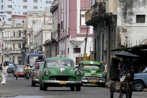 'Their Own Species': U.S. Collectors Aren't Hot for Antique Cuban Cars