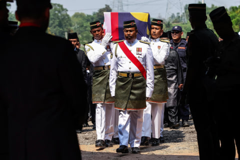 Pilot of Malaysia Airlines Flight MH17 Laid to Rest