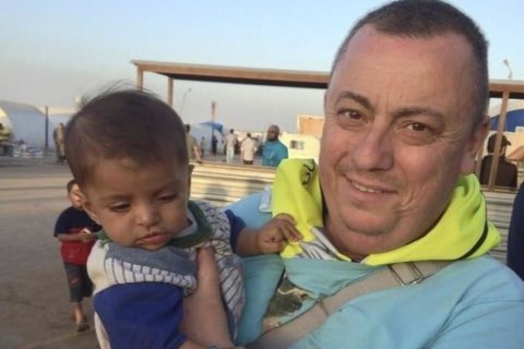 ISIS Hostage Alan Henning's Wife Invokes Sharia Law in New Plea