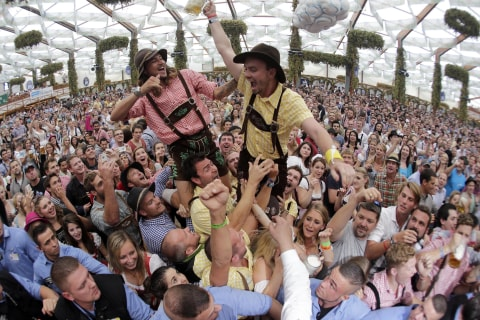 Beer Lovers Rejoice! Oktoberfest Kicks Off in Munich