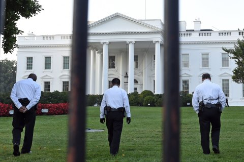 White House Fence-Jumper Omar Gonzalez Held Without Bail
