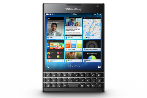 BlackBerry Sells 200,000 Passport Smartphones in Two Days