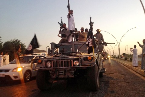 ISIS Seizes Weapons After Overruning Iraq's A