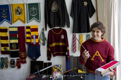 Mexico City Man Has World's Largest 'Harry Potter' Collection