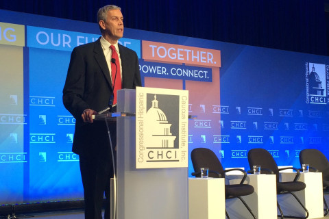 Education Secretary Arne Duncan Pledges to Be Schools' Watchdog