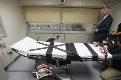 Autopsy Shows Oklahoma Used Wrong Drug to Execute Man in January