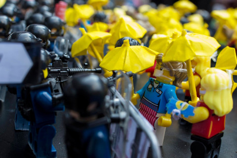 Hong Kong's 'Umbrella Revolution' Recreated in Lego