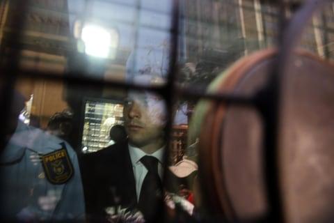 Pistorius Heads to Jail as Steenkamps Head Home