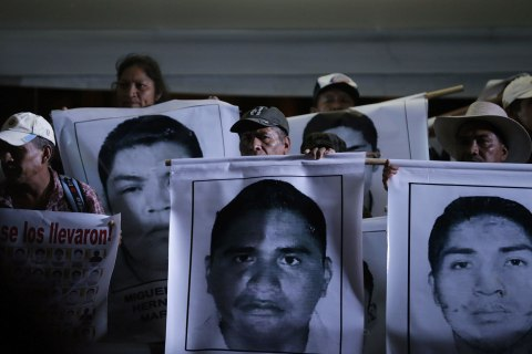 Mexico Details Mayor's Link To Deadly Attack, MIssing Students