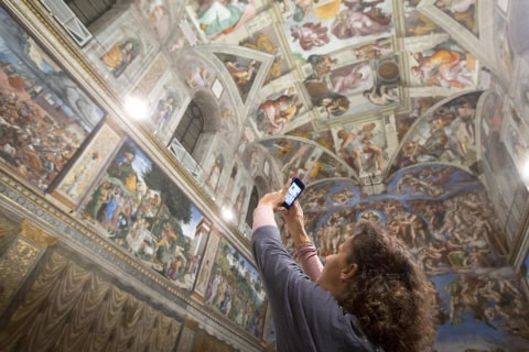 LEDs Light Up Sistine Chapel Masterpieces