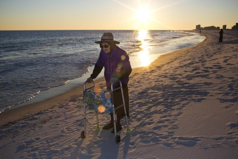 Wish Come True: 100-Year-Old Sees Ocean for First Time