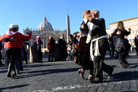 Pope Francis Celebrates 78th Birthday with Cake, Mate and Tango