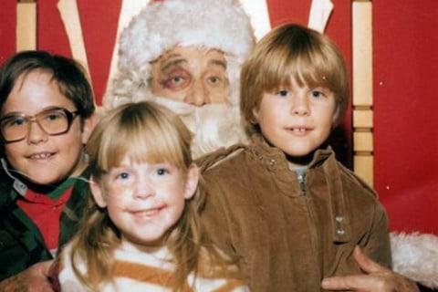 Awkward Family Photos: 'Tis the Season