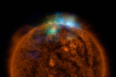 NuSTAR Probe Captures a Sizzling X-Ray View of the Sun
