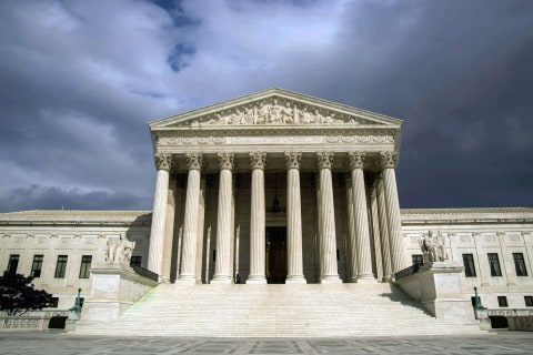Obamacare, Gay Marriage Face Supreme Court in 2015
