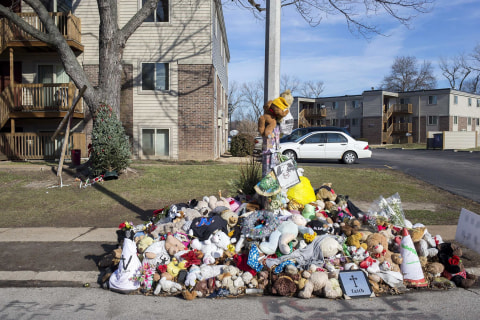 Ferguson Suspends Officer Who Called Michael Brown Memorial 'Trash'