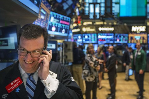 Stocks Turn Positive for 2015 After Europe's Stimulus Plan