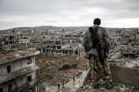 Kurdish Fighters Return to Decimated Syrian City