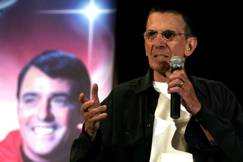 Celebrities and Scientists Remember Leonard Nimoy