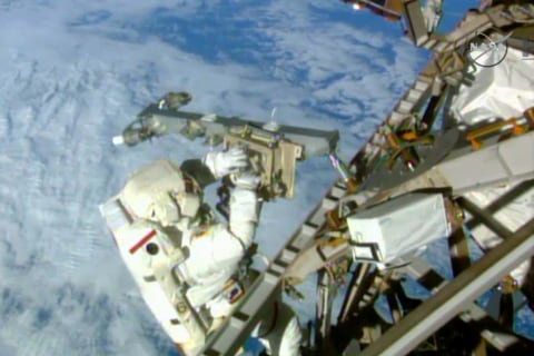 NASA's 'Cable Guys'' Make Spacewalk at ISS Look Easy