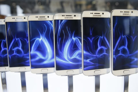 Samsung Unveils Sleek New Galaxy Phones to Battle Apple