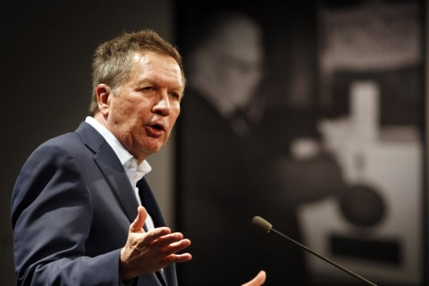 Influential Republicans Wary of 2016 Campaign by John Kasich