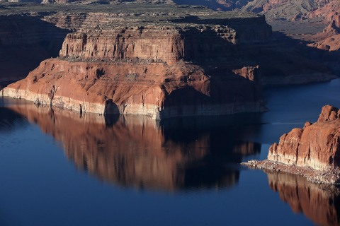 Western Drought Enlarges 'Bathtub' Ring Around Lake Powell