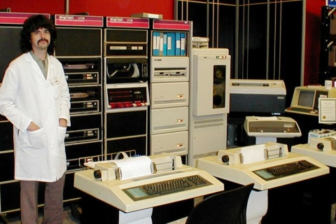 Retro-Computing Brings Old Technology Back to Life