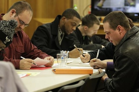 Applications for U.S. Unemployment Aid Rise to 6-Month High