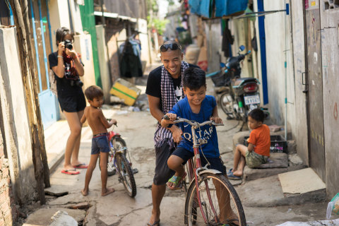 Forty Years Post-Khmer Rouge, New Generation Returns to Cambodia