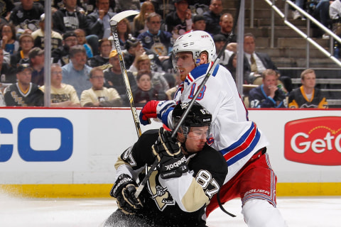 Rangers Fend of Penguins to Take 2-1 NHL Playoff Series Lead