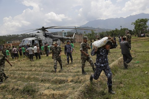 Nepal Earthquake Triggers Shortages, Sparking Fears of Disease