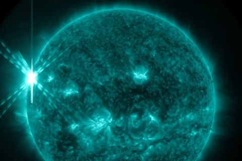 New One for the X-Files: Sun Unleashes 2015's Most Powerful Flare