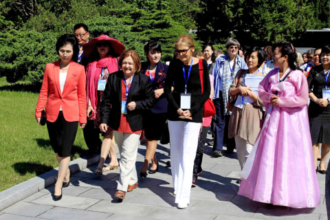 Gloria Steinem's WomenCrossDMZ Korea Peace March Cancels Symbolic Crossing